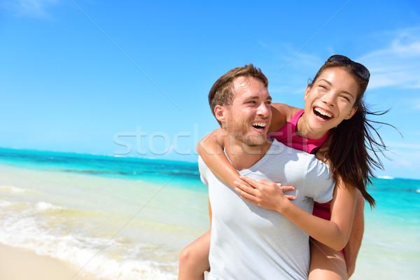 Gelukkig paar liefde strand zomer Stockfoto © Maridav