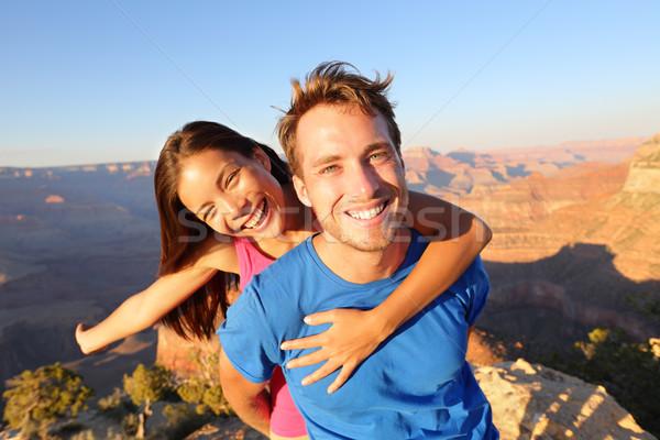 Aktív boldog életstílus pár kirándulás Grand Canyon Stock fotó © Maridav