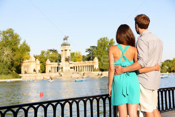 Romantyczny para miłości parku Madryt lovers Zdjęcia stock © Maridav