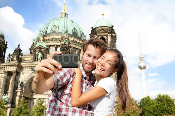 Utazás pár önarckép Berlin Németország boldog Stock fotó © Maridav