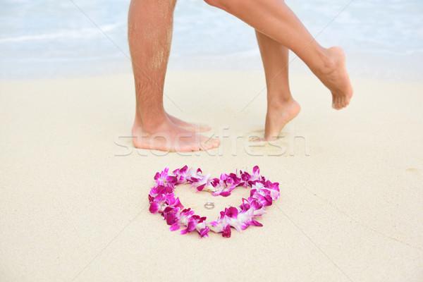 Сток-фото: пляж · обручальными · кольцами · целоваться · пару · ног · свадьба