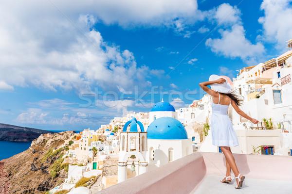 Europie turystycznych podróży kobieta santorini Grecja Zdjęcia stock © Maridav