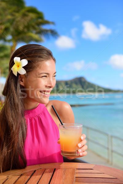 Koktél nő iszik alkohol ital tengerpart Stock fotó © Maridav