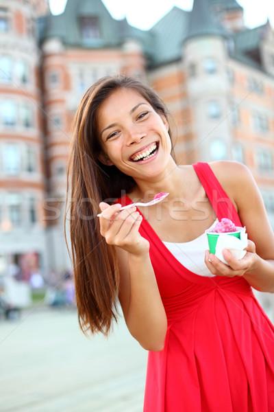 Сток-фото: женщину · еды · мороженым · Квебек · город · улыбаясь