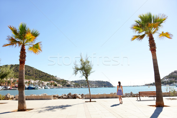 Haven haven majorca toeristische lopen vrouw Stockfoto © Maridav