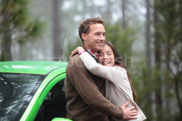 Stok fotoğraf: çift · sürücü · yeşil · araba · sevmek · seyahat