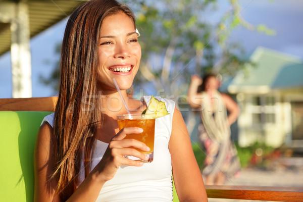 Сток-фото: женщину · питьевой · алкоголя · пить · Гавайи · пляж