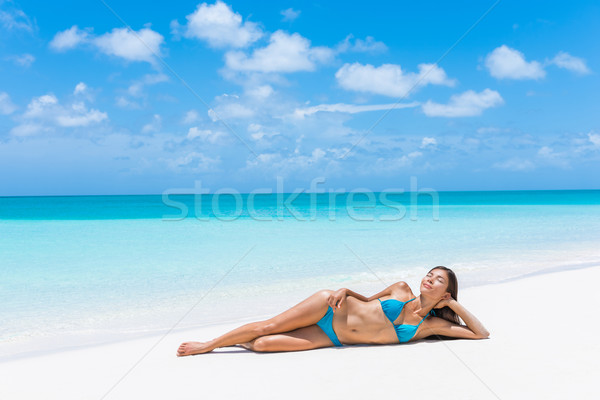 Strand paradijs sexy bikini vrouw Stockfoto © Maridav