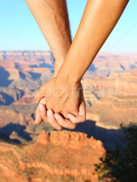 Coppia holding hands escursioni romantica Grand Canyon Foto d'archivio © Maridav