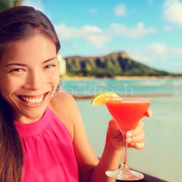 Nő iszik koktél alkohol ital tengerpart Stock fotó © Maridav