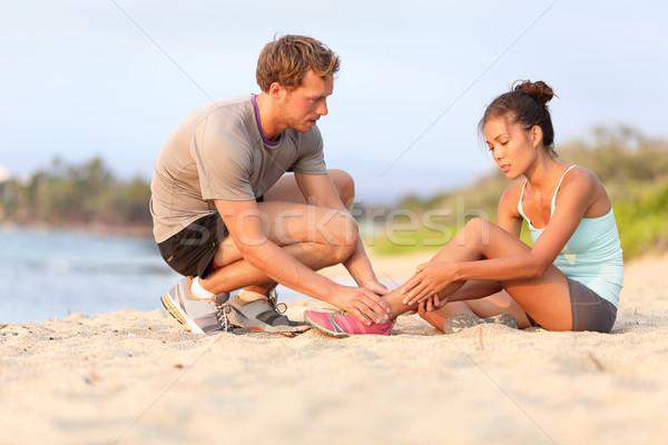 Letsel sport vrouw enkel asian fitness Stockfoto © Maridav