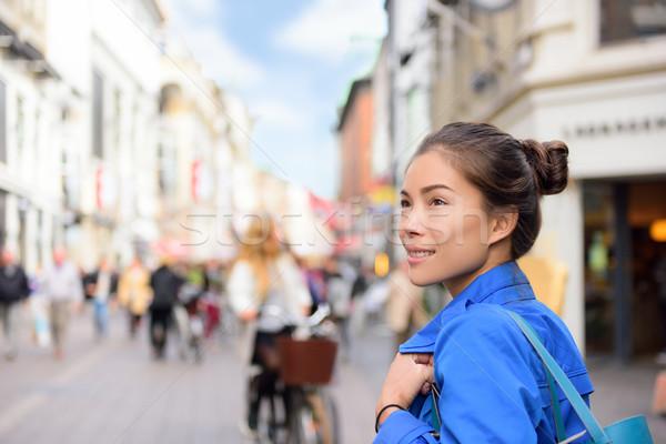 Vásárlás nő életstílus Koppenhága utca utazás Stock fotó © Maridav