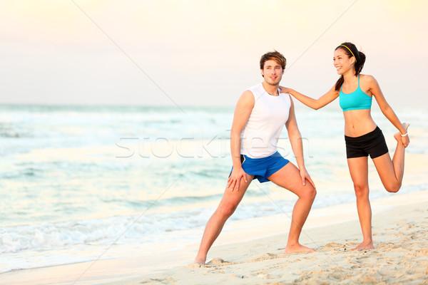 Stock fotó: Pár · edzés · képzés · tengerpart · nyújtás · fiatal