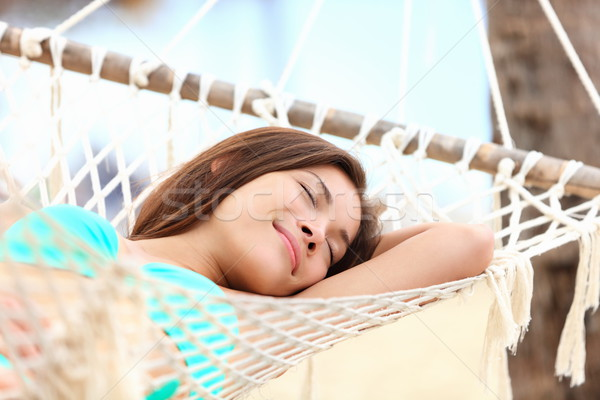Vakáció nő függőágy alszik megnyugtató mosolyog Stock fotó © Maridav