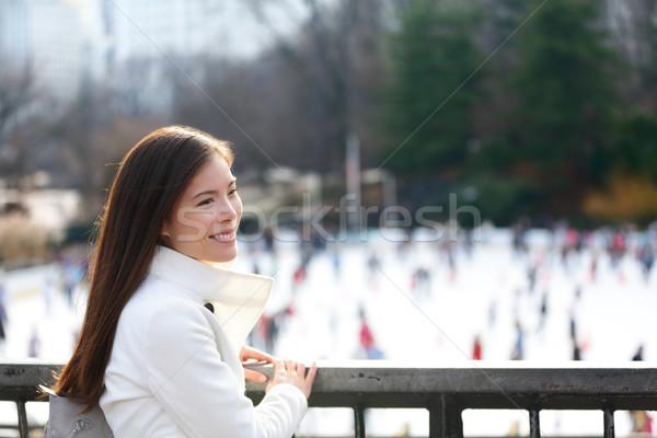 Kobieta Central Park Nowy Jork późno spadek wcześnie Zdjęcia stock © Maridav