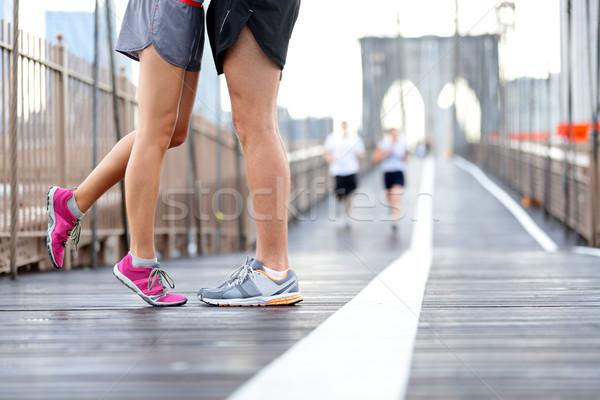 Fut pár jogging New York csók szeretet Stock fotó © Maridav