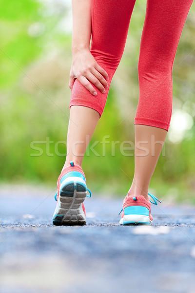 Kas hasar kadın çalışma dışarı jogging Stok fotoğraf © Maridav