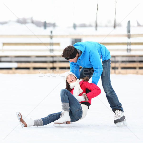 Patinage couple hiver amusement glace patins Photo stock © Maridav
