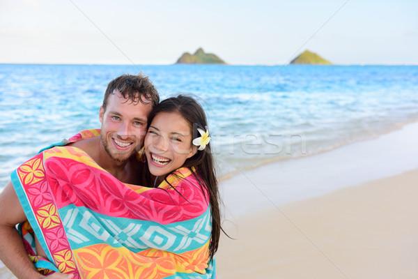 úszik romantikus pár fürdik törölköző tengerpart Stock fotó © Maridav