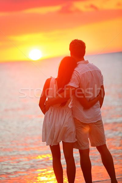 Huwelijksreis paar liefhebbend relatie romantische Stockfoto © Maridav