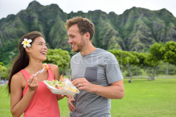 Hawaii alimentaire Voyage couple manger ail Photo stock © Maridav