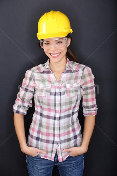 Stock fotó: építőmunkás · boldog · nő · portré · fiatal · nő · visel · biztonsági · szemüveg