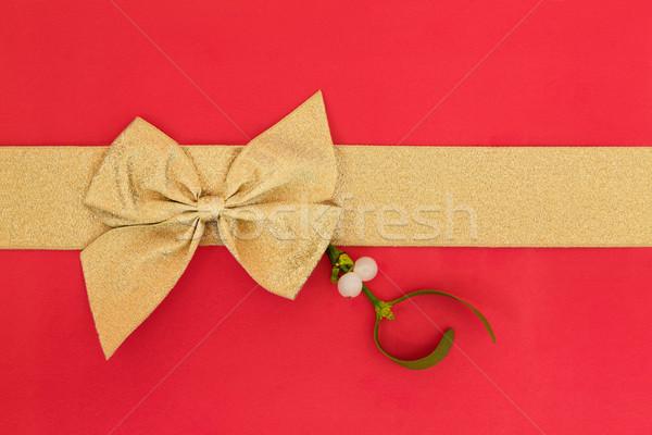 Amore scatola regalo oro nastro arco Foto d'archivio © marilyna