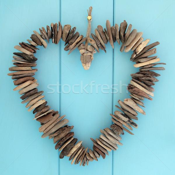 Troncos coração enforcamento azul carvalho madeira Foto stock © marilyna