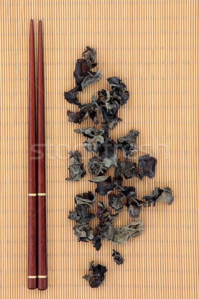 黒 中国語 菌 キノコ 箸 竹 ストックフォト © marilyna
