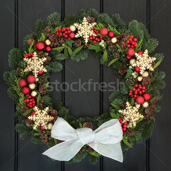 Stock fotó: Karácsony · koszorú · arany · hópehely · piros · csecsebecse