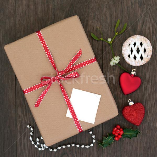 Noel hediye kutusu sunmak yay hediye etiket Stok fotoğraf © marilyna