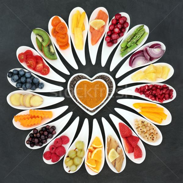 Egészséges szív étel hal gyümölcs zöldségek szuper Stock fotó © marilyna