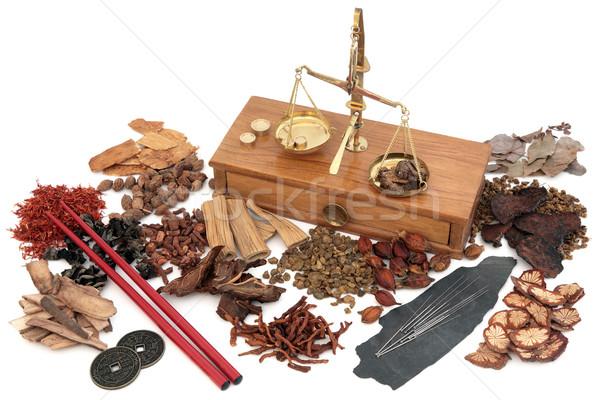 Chino acupuntura medicina alternativa tradicional agujas hierba Foto stock © marilyna