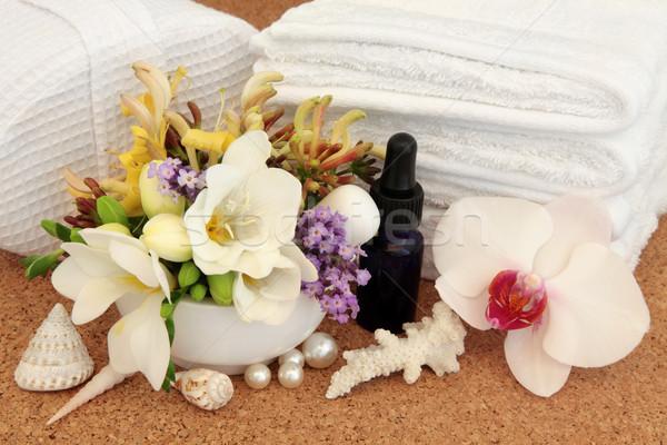Szépségápolás fürdő kellékek orchidea levendula gyógynövény Stock fotó © marilyna