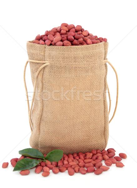 Cacahuètes sac feuille sac peau blanche Photo stock © marilyna