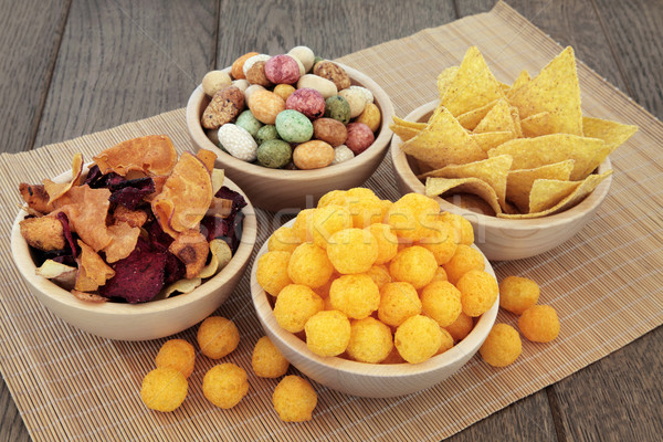 Nourriture parti sarriette casse-croûte bois bols alimentaire Photo stock © marilyna