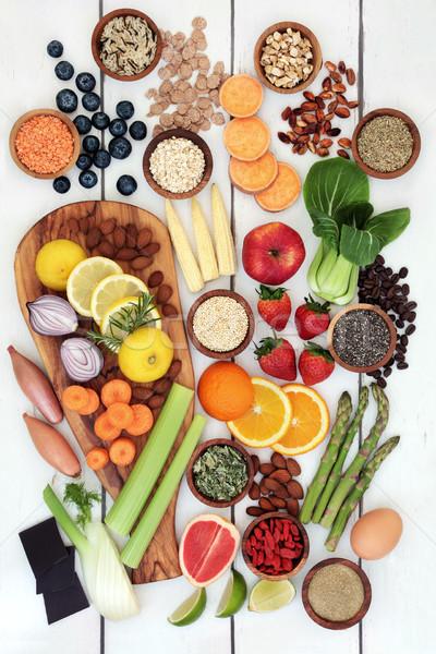 Egészséges étrend étel fogyókúra friss gyümölcs zöldségek diók Stock fotó © marilyna