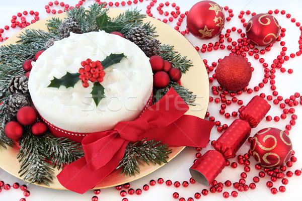 Karácsony buli torta piros csecsebecse gyöngyök Stock fotó © marilyna