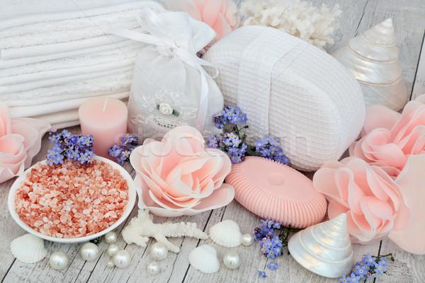 Terapi deniz tuzu çiçek sabun Stok fotoğraf © marilyna
