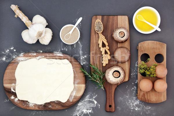 Stock fotó: Sütés · idő · hozzávalók · élesztő · tojások · olívaolaj