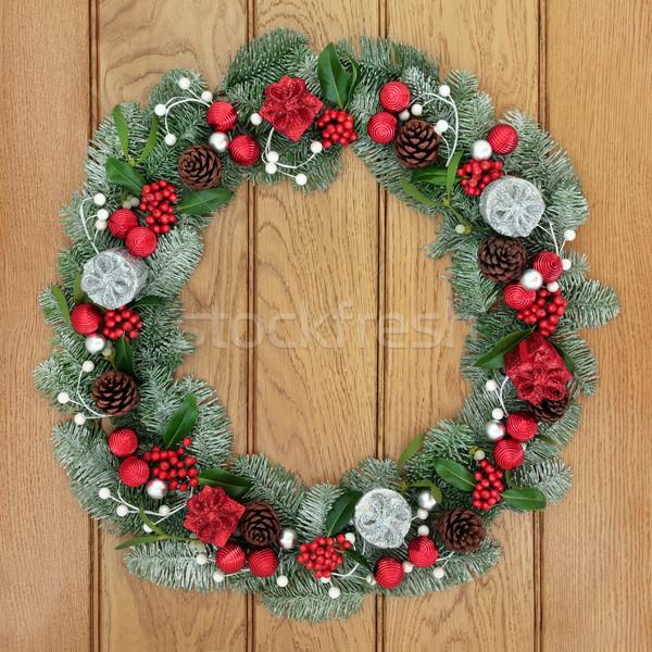 Noel advent çelenk dekorasyon kırmızı gümüş Stok fotoğraf © marilyna
