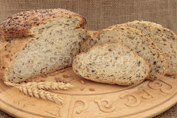 Teljes kiőrlésű kenyér barna fa tábla egészség Stock fotó © marilyna