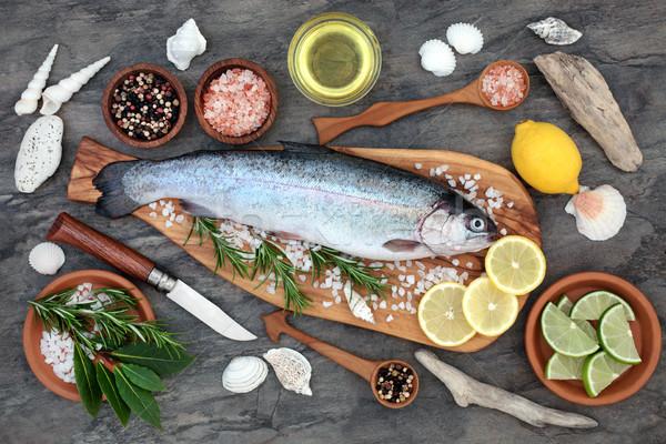 Arco-íris truta saúde comida oliva madeira Foto stock © marilyna