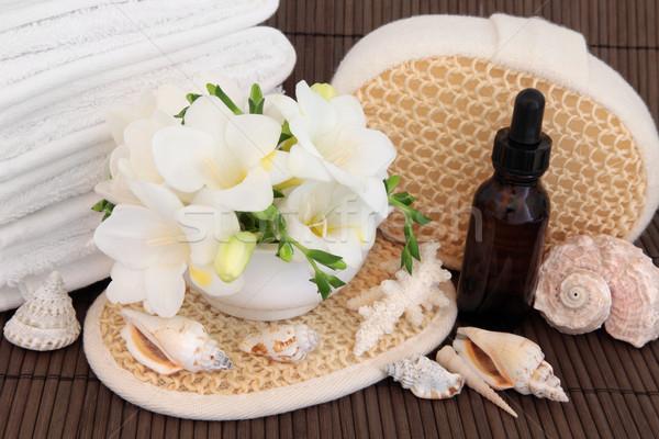 Aromaterapi terapi çiçek çiçek banyo Stok fotoğraf © marilyna