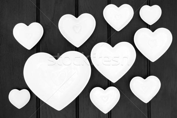 Porcelana serca dania ciemne drewna Zdjęcia stock © marilyna