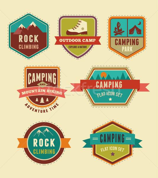 Caminhadas acampamento conjunto ícones elementos Foto stock © marish