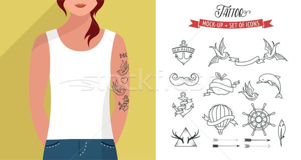 Foto stock: Menina · tshirt · tatuagens · conjunto · vetor · modelo