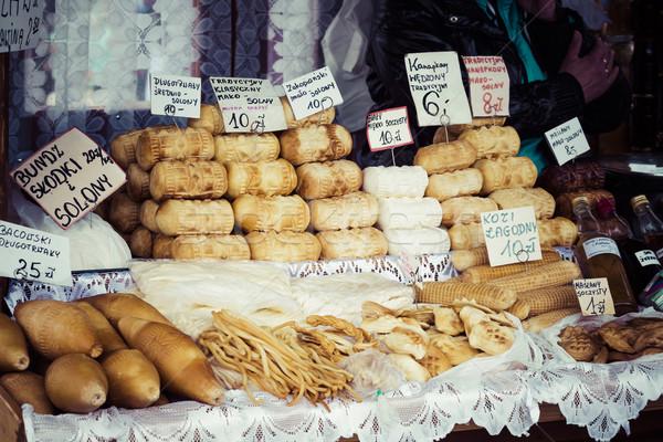 Tradicional ahumado queso alimentos fondo montana Foto stock © Mariusz_Prusaczyk
