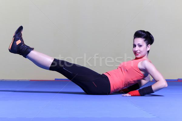 Nő gyakorol pozició tornaterem lány fitnessz Stock fotó © maros_b