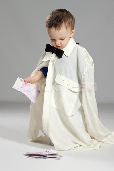 Stock fotó: Kisgyerek · fiú · üzletember · áll · csokornyakkendő · kéz
